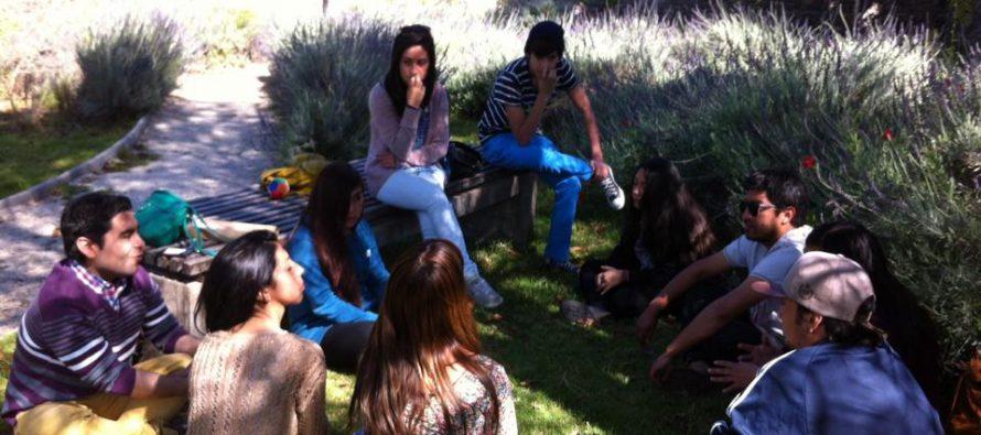 Jóvenes de Vicuña definen sus necesidades en encuentro organizado por la DIDECO