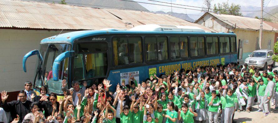 Escuela de Peralillo cuenta desde este mes con el Bus del Ingenio Matemático para sus estudiantes