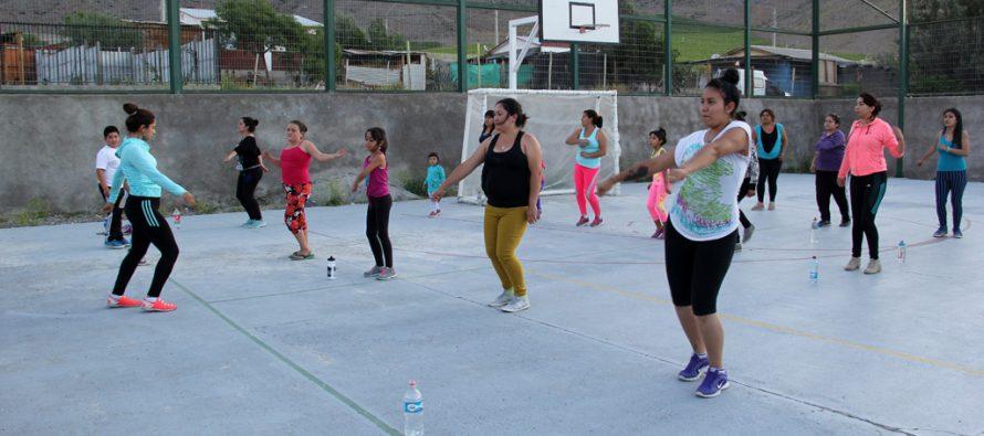 Con éxito se desarrolla programa de Zumba Fitness en Vicuña
