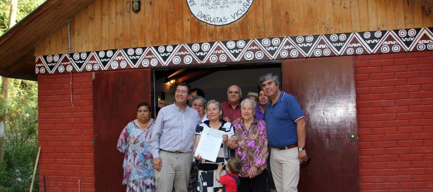 Gobernación Provincial de Elqui entrega apoyo a junta de vecinos de Diaguitas