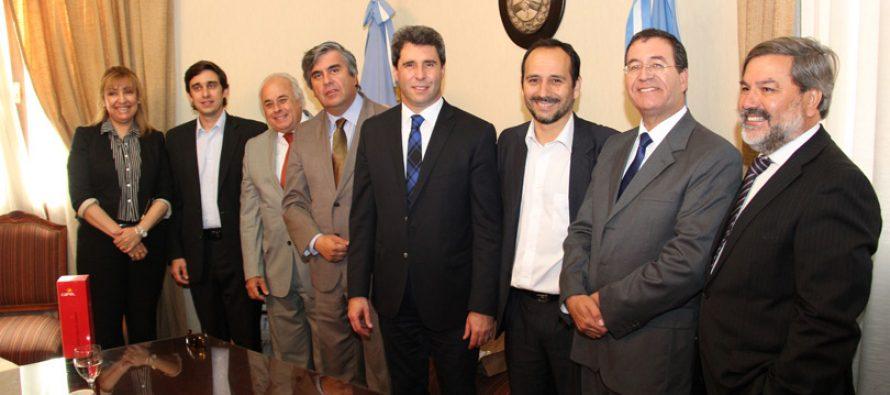 Nuevas autoridades argentinas comprometen continuar en el trabajo de la integración