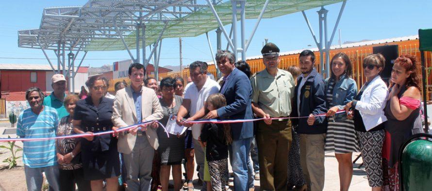 Inauguran plaza con sombreadero en Vicuña a través del Quiero Mi Barrio del MINVU