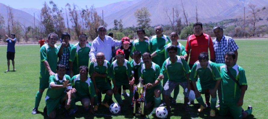 Unión Esperanza y San Isidro fueron los campeones de la Liga Senior de Vicuña