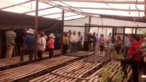 Los agricultores de El Monte conocieron casos exitosos de usuarios regionales de INDAP 2