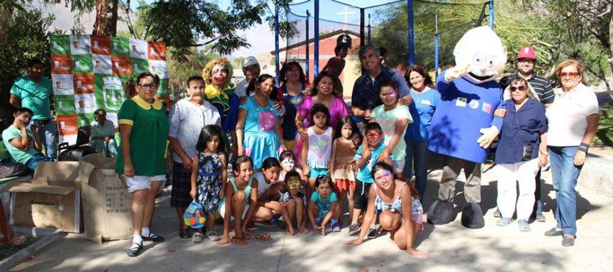"""Niños y niñas de Villaseca disfrutaron de una tarde de juegos con el """"Team Fantasía"""""""