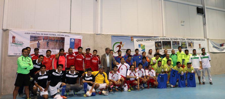 Equipos integrantes de la primera liga laboral del Valle de Elqui recibieron indumentaria deportiva