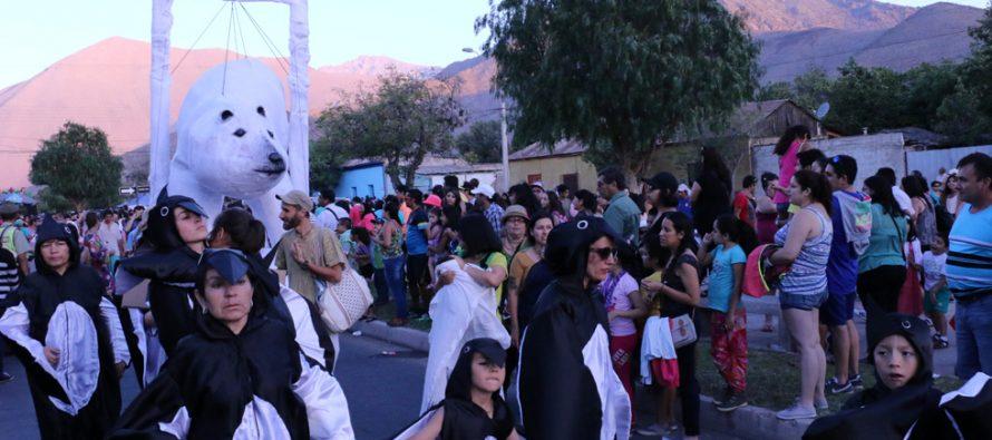 Corso de Flores convocó a masivo público elquino y de turistas a la Avenida Las Delicias