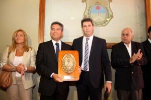 intendente ibanez es declarado huesped de honor de san juan 2