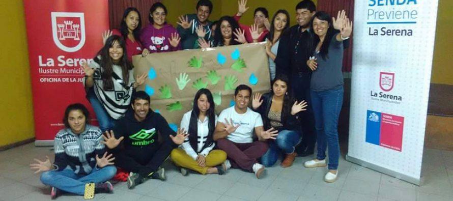Jóvenes de Altovalsol participan en el Primer Diálogo Juvenil