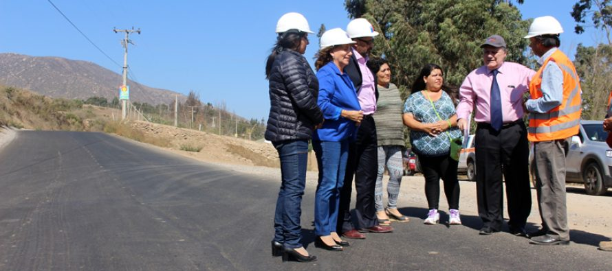 Invierten más de $400 millones para mejorar camino rural que une Altovalsol con Las Rojas