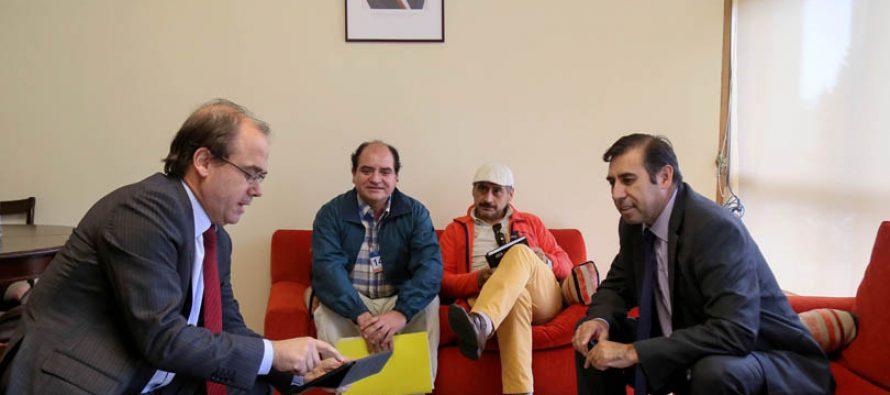 Ministro de Obras Públicas y Diputado Gahona buscan  solución a trabajadores de  Branex