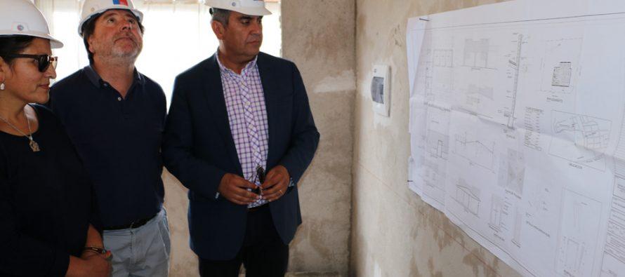Subsecretario Ricardo Cifuentes visita proyectos desarrollados en la comuna de Vicuña