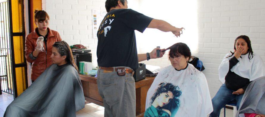 Operativos de peluquería se han desarrollado con éxito a lo largo de toda la comuna de Vicuña