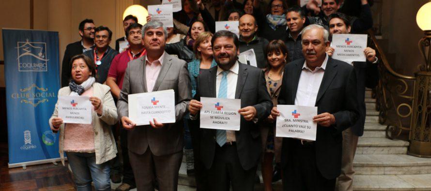 """Alcaldes emplazan al Gobierno a regularizar situación de los """"Per Capita"""" de salud en la región"""
