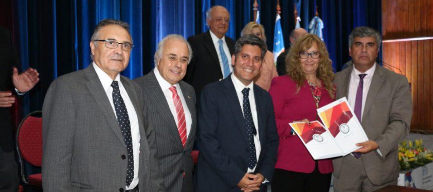 Vicuña y Paihuano firman convenio con UNSJ para la realización de prácticas y capacitación