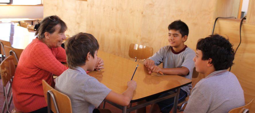 Instituto Chileno Británico de Cultura visita escuelas de Paihuano
