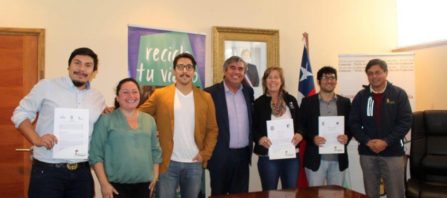 Firman nuevos convenios que contribuyen al reciclaje en Vicuña