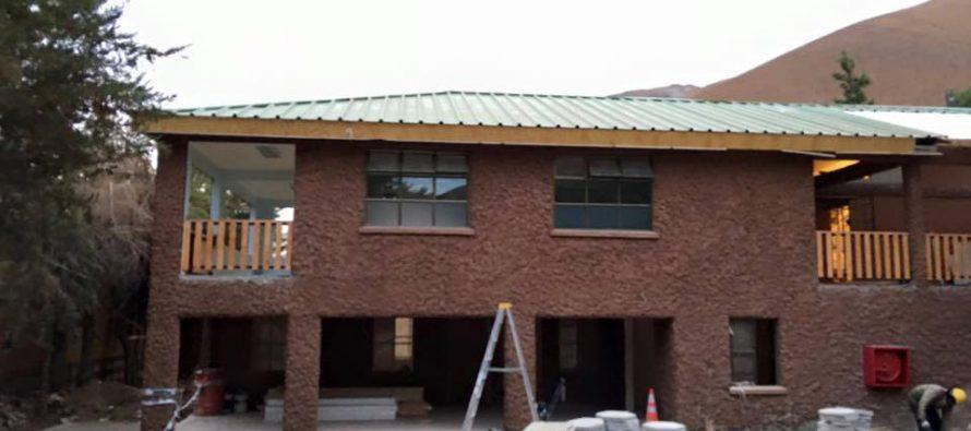 Analizan avances de obras de construcción de escuelas de Pisco Elqui y Horcón