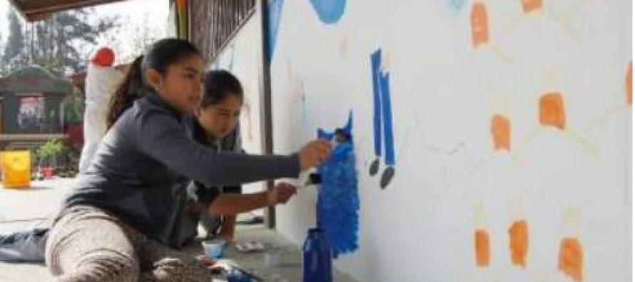 Comunidad e instituciones colaboran en mejorar Colegio Quebrada de Talca