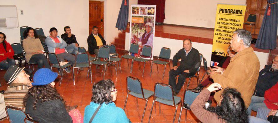 En Paihuano conforman Mesa de Desarrollo Social Campesina