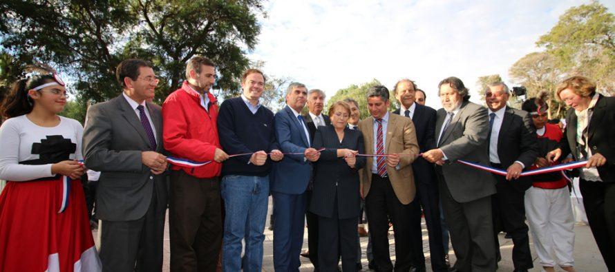 Con la presencia de la Presidenta Bachelet se inaugura remodelación de la plaza de Vicuña