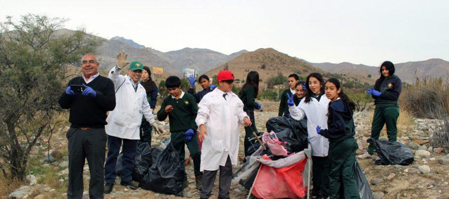 Realizan operativos de limpieza en sectores de la comuna mal utilizados como vertederos