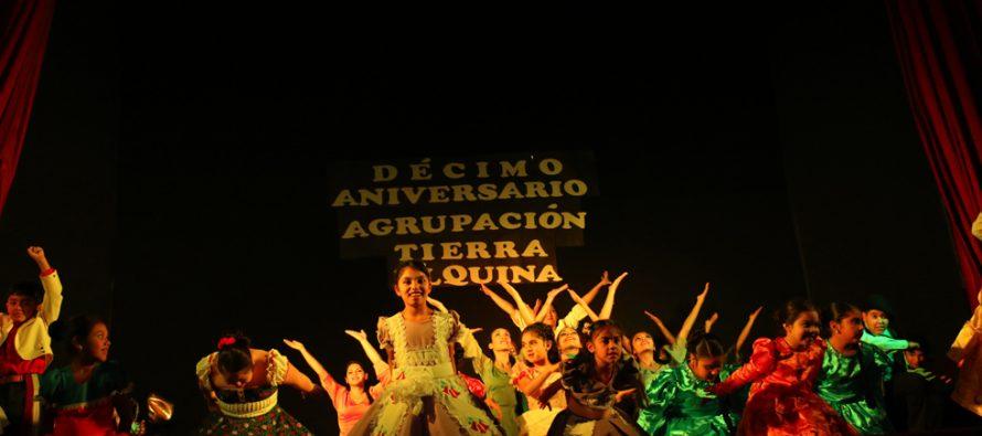 Agrupación folclórica Tierra Elquina celebró sus 10 años de vida con gala en el Teatro Municipal