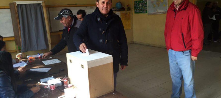 """Mario Aros gana las primarias de Vicuña y es  el candidato a alcalde del """"Chile Vamos"""""""