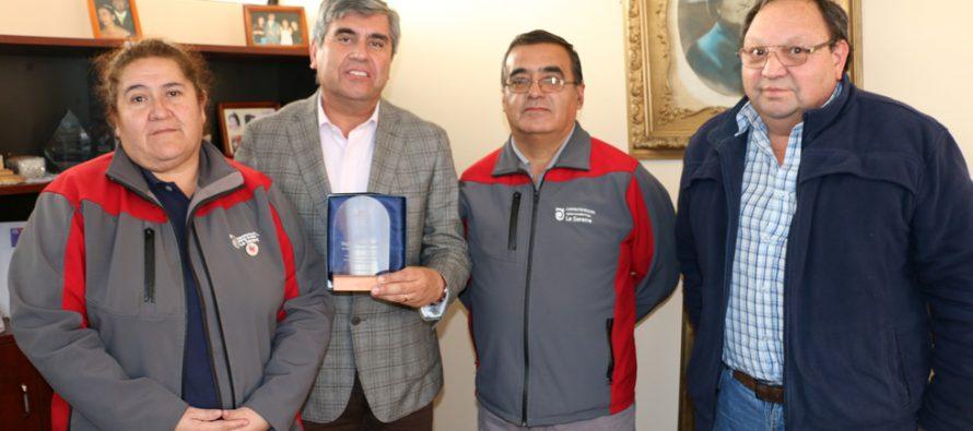 AFUSAM de La Serena reconoce a alcalde de Vicuña por su constante apoyo al gremio