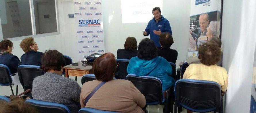 SERNAC entrega educación financiera a adultos mayores de Vicuña
