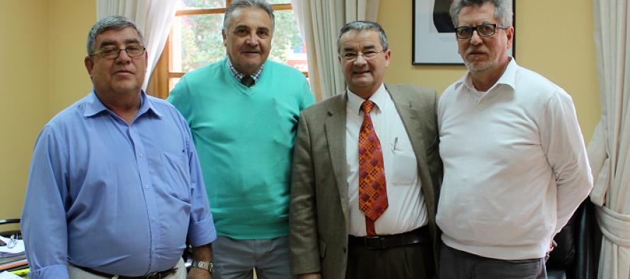 Profesores de Paihuano analizan nueva ley de educación pública en seminario realizado por la municipalidad