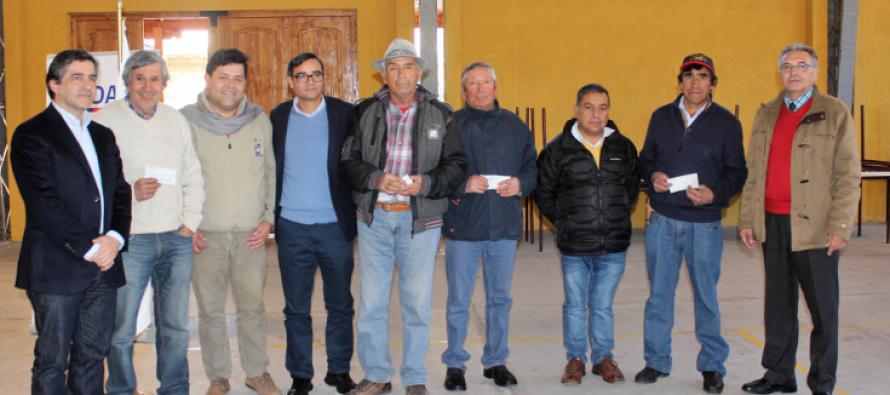 Agricultores de Paihuano recibieron apoyo del Programa de Desarrollo de Inversiones