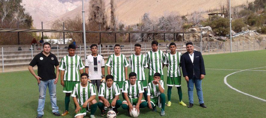 Agrícola Bellavita entrega equipamiento a Club Deportivo El Pozo  de Montegrande