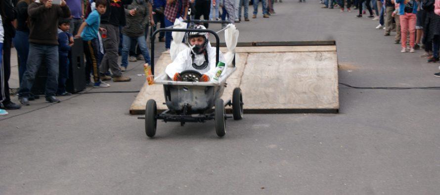 Paihuano se deleitó con la Primera Carrera de Autos Locos