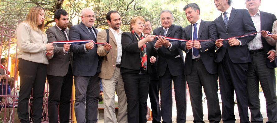 En Paihuano se inaugura nuevo Centro Cultural con la presencia de la Presidenta Michelle Bachelet