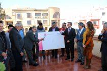 """Alcaldes de Vicuña y Paihuano firman compromiso con campaña """"He for She"""""""