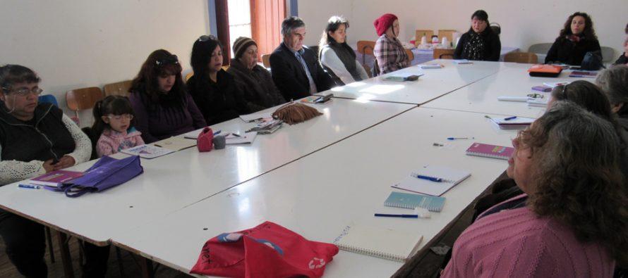 En Vicuña: más de 20 mujeres participan en taller de derechos sexuales y reproductivos