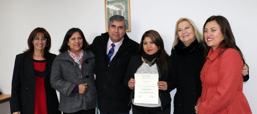 Dirigentes vecinales aprendieron a formular y gestionar proyectos sociales en U. Santo Tomás