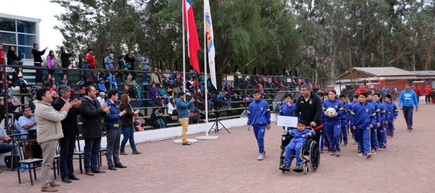 """Dan el vamos al IV Campeonato de Fútbol """"Haciendo Amigos"""" en el Valle de Elqui"""
