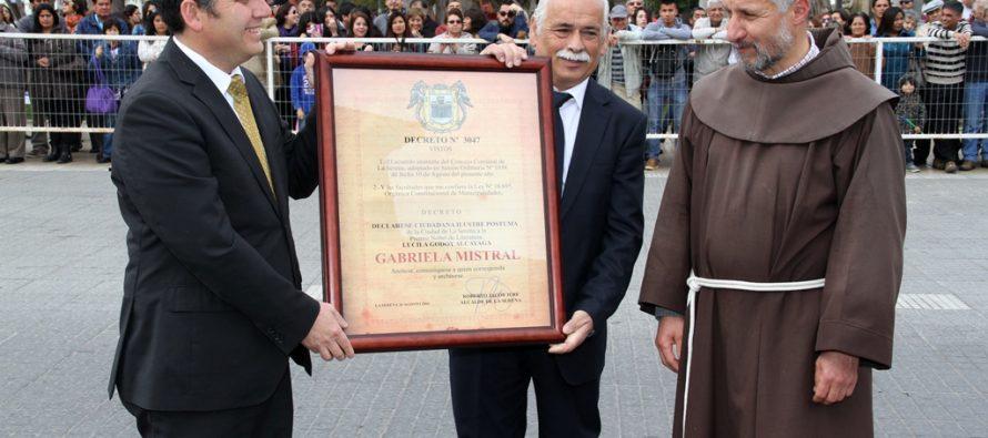 La Serena realiza reconocimiento póstumo a Gabriela Mistral solicitado por Intendente en aniversario 472 de la comuna