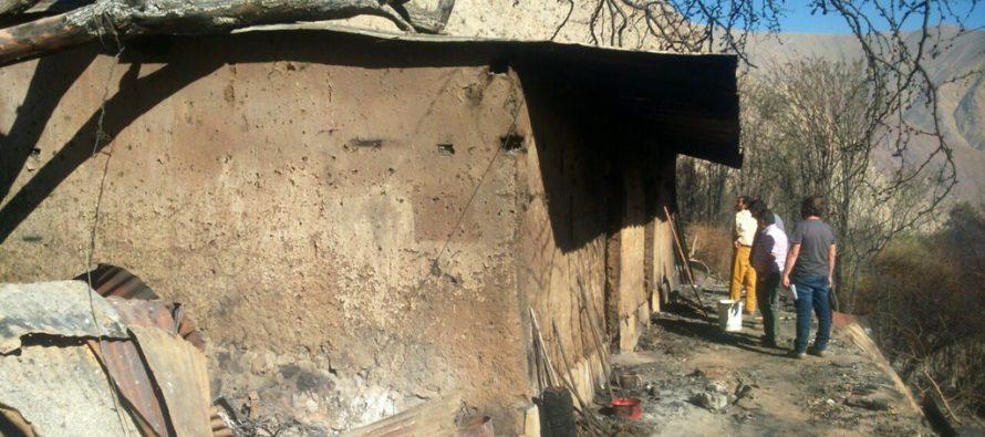 Municipio de Paihuano evalúa daños del incendio e inician campaña de ayuda para los afectados
