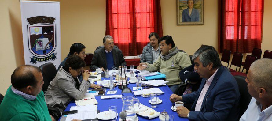 Concejo de Paihuano acuerda poder canalizar propiedades de Varillar y Rivadavia a JJVV
