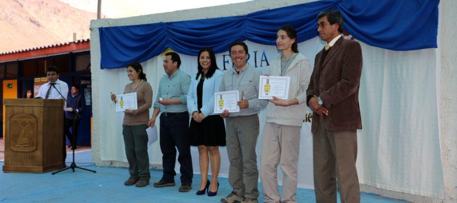 Escuela Ríos de Elqui de Rivadavia desarrolló con éxito su Primera Feria Científica