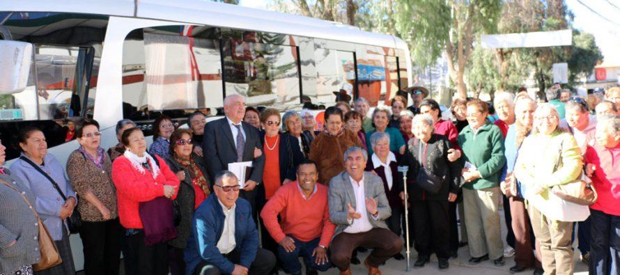 Buses Sol de Elqui mantendrá convenio de tarifa rebajada al adulto mayor de Vicuña