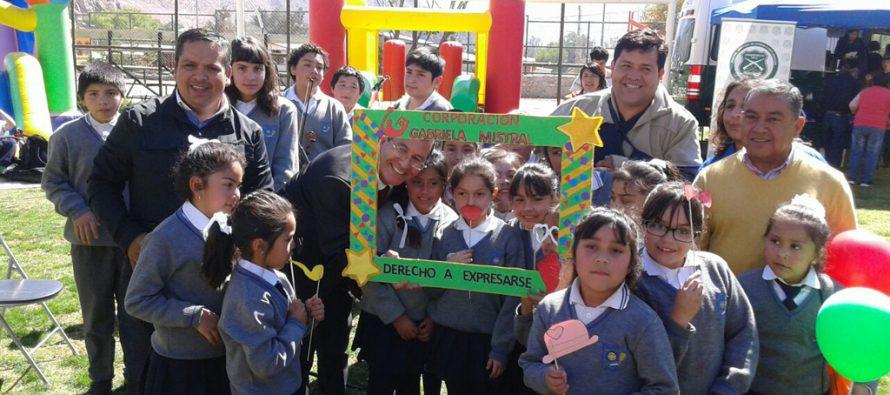 Niños, niñas y jóvenes de Paihuano participan en la octava versión del Gobierno Presente