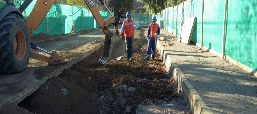 Aguas del Valle invierte $190 millones para renovar importante colector de aguas servidas de Vicuña