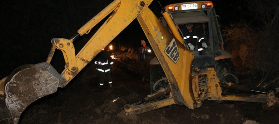 Canal Barranca de Hiero Viejo produce alud complicando a los vecinos del sector