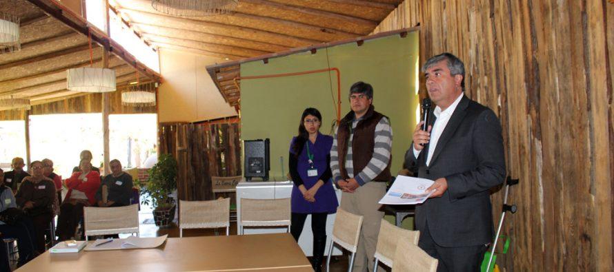 Organizaciones de Vicuña dialogan sobre futura ordenanza municipal de espacios saludables