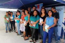 Junaeb entrega útiles en establecimiento de educación para adultos en Vicuña