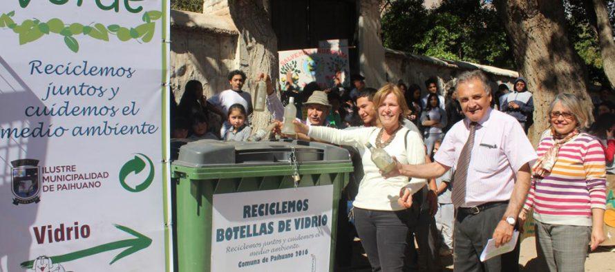 Municipio de Paihuano incentiva el reciclaje del vidrio y el plástico con colocación de contenedores